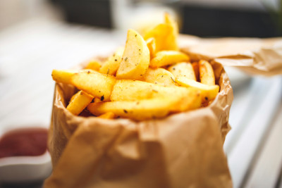 "THE ""CHIPS"" (frites maison) (VEGETARIAN)"